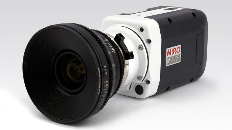 Phantom Miro M320S High-Speed Camera Brings Your World to a Standstill