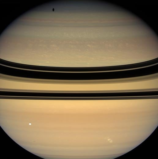 Saturn Thunderstorm Would Fry Earth in a Hurry