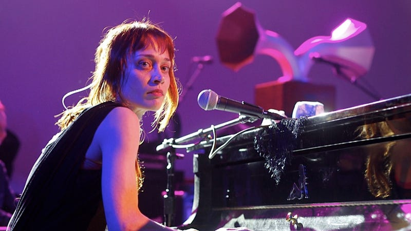 Fiona Apple Tells Concert-Goers How Much It Sucks to Stay in a Texas Jail