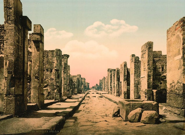"""Pompeii's Ruins Are Being Wired Up By An """"Electronic Warfare"""" Firm"""
