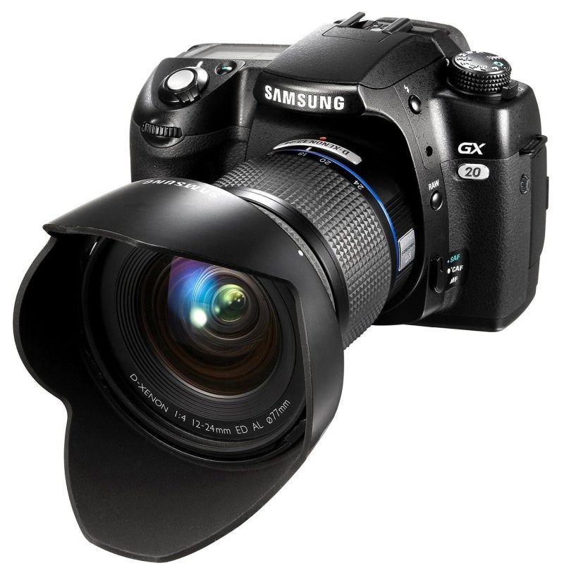 Samsung GX-20 DSLR: Pentax K20D's Guts, Different Body