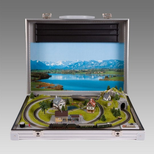 Briefcase-Contained Model Train Set Makes You Look Like a Businessman When You Clearly Are Not