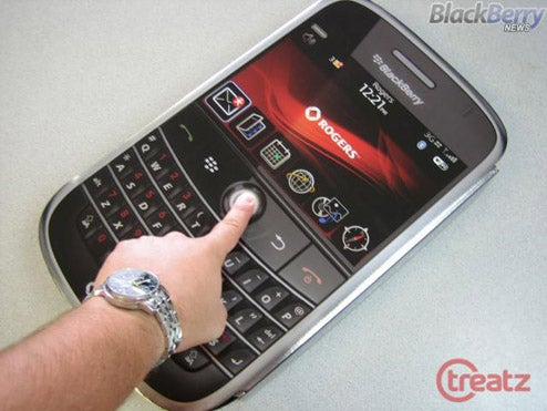Yao Ming Sized BlackBerry Bold Comes With Rogers' Launch Kit