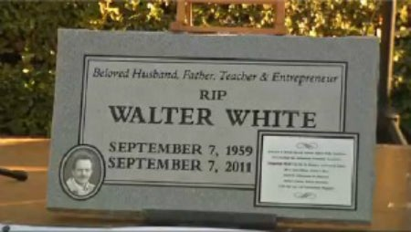 Breaking Bad Fans Have Funeral For Walter White