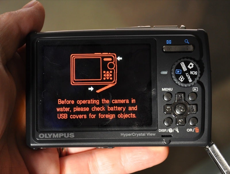 Olympus Stylus Tough 6000 Waterproof Camera: Snowmodo Review