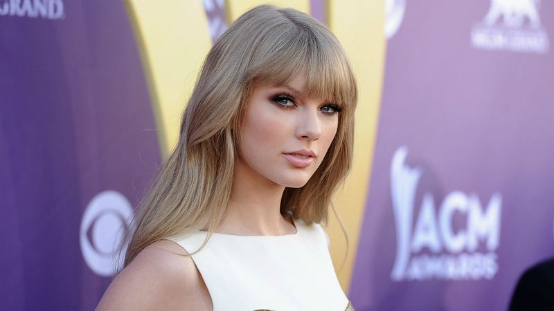 Taylor Swift Awesomely Got Bored Of Tim Tebow In Five Seconds And Might Be Dating Mark Foster Now