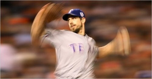 """Your """"First Of Three Consecutive Cliff Lee Starts"""" Giants-Rangers Open Thread"""