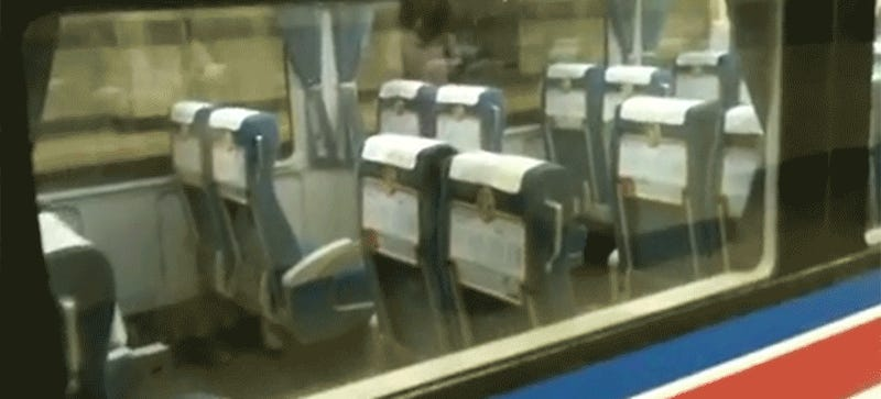 These Automatically-Reversing Seats On Japanese Trains Are The Best