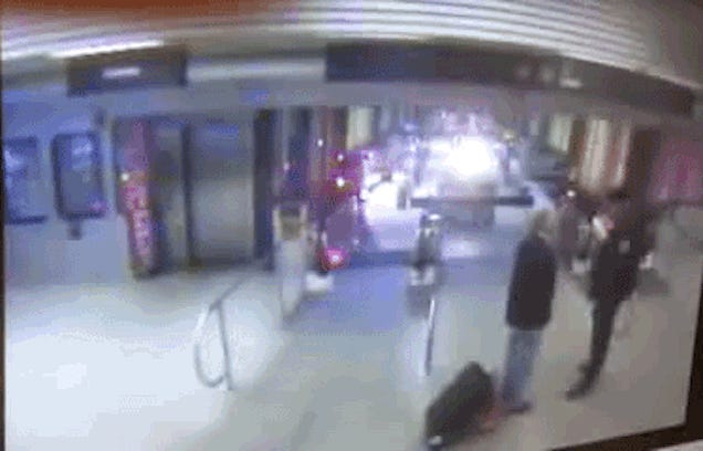 Watch a Chicago Train Careen off the Rails and Leap Into a Station