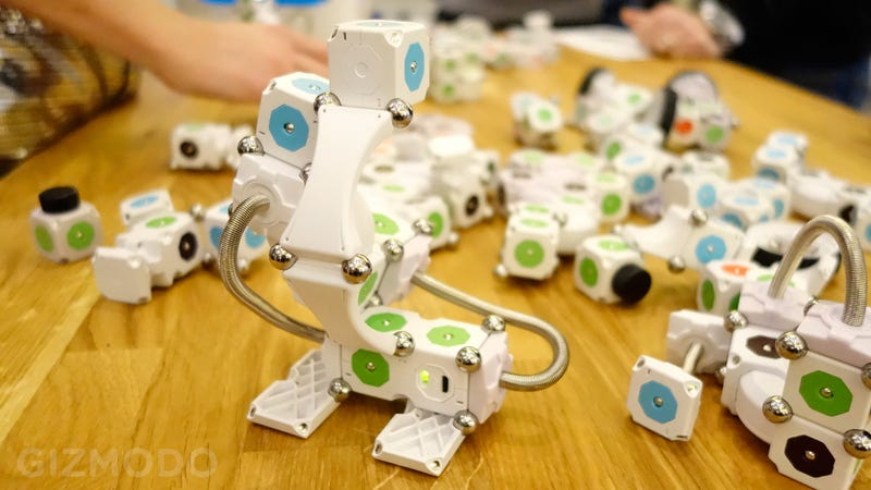 Hands On the MOSS Robotic Building Toy: A Kickstarter That Delivers