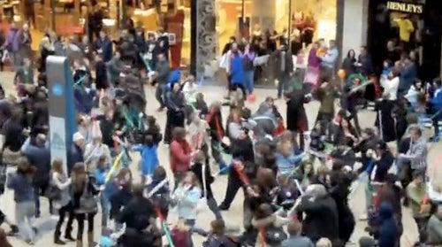 Jedi Flash Mob Liberates Mall From The (British) Empire