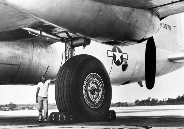 Wait  The B36 Peacemaker Flew With Tank Tracks For Landing Gear