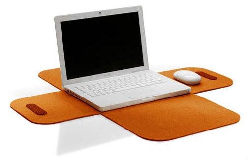 Felt Laptop Sleeve Unfolds Like a 1960s Flower