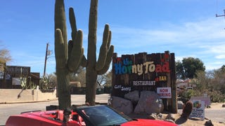 I Drove The 2014 Stingray To Arizona For BBQ Sauce Because, 'Murica.