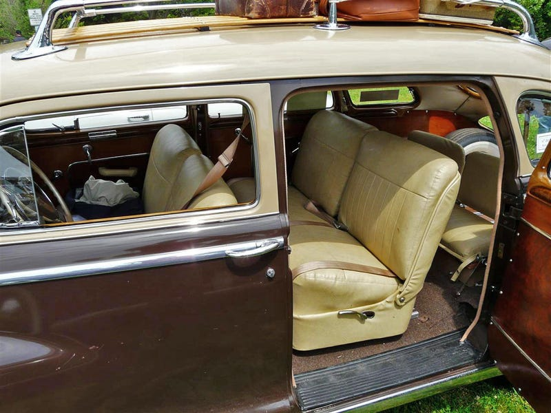 1947 DeSoto Custom Suburban Makes Minivans Seem Really Crappy