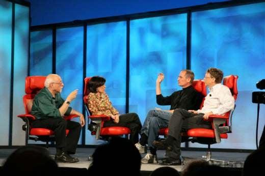 Live Rumble: Bill Gates vs. Steve Jobs vs. Swisher vs. Mossberg