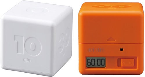 Cubic Timer Counts Down With the Roll of the Die