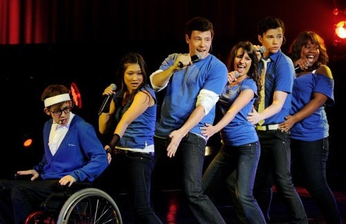 Glee Cast Banned From Having Sex On Set; Bachelor Breaks Off Engagement