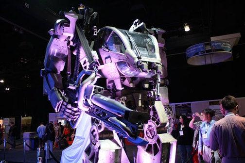 Mecha Bot from James Cameron's Upcoming Avatar Makes Appearance at E3 Expo