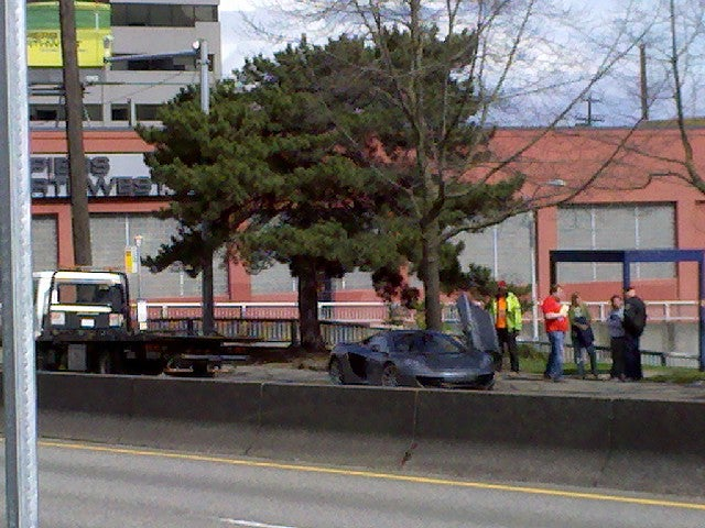 First McLaren MP4-12C crashes in Seattle