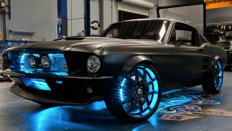 Microsoft Built This Ridiculous Windows-Powered Retromod Mustang