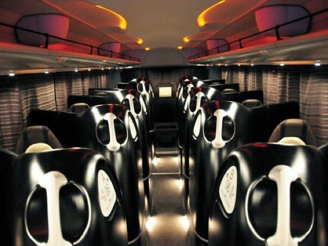 Japanese Alien Pod Bus Provides 12 Laps of Luxury