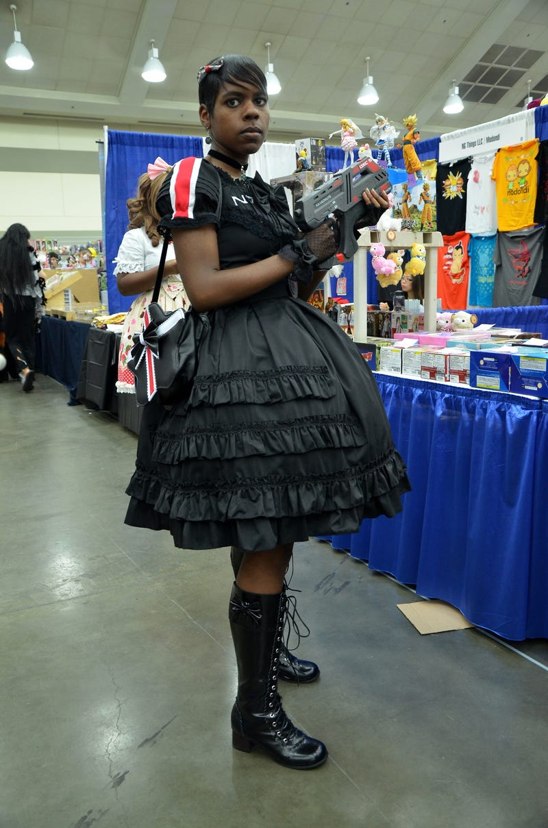 Your Commander Shepard Isn't As Fabulous As This Lolita Shepard