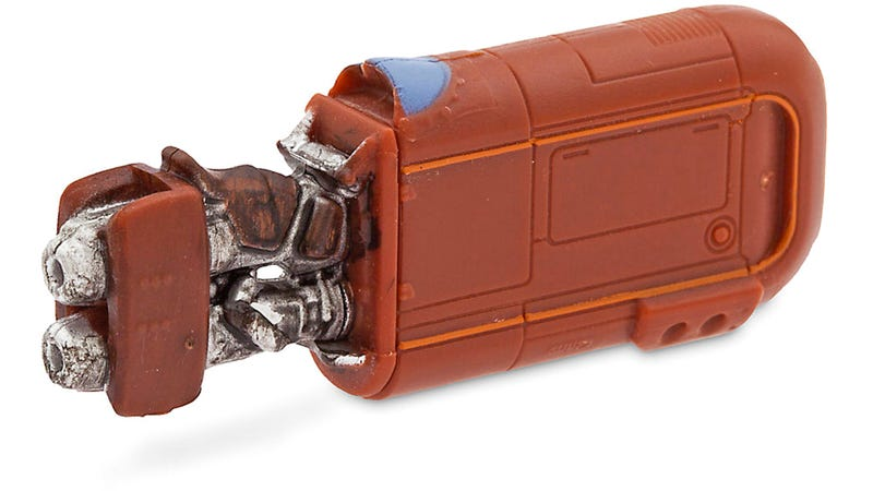 Who Decided to Only Put 4GB of Storage In This Rey's Speeder Flash Drive?