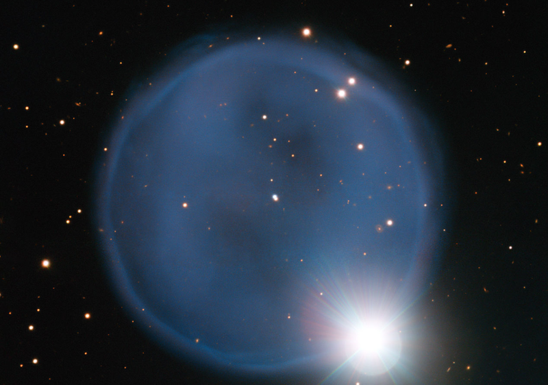 "Astronomers Release Gorgeous Image of a ""Celestial Diamond Ring"""