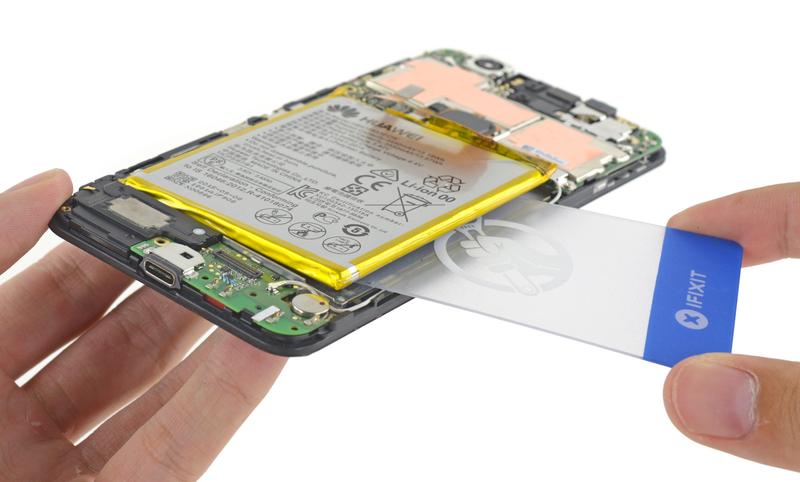 El Nexus 6P se deja ver por dentro, y es casi imposible de reparar