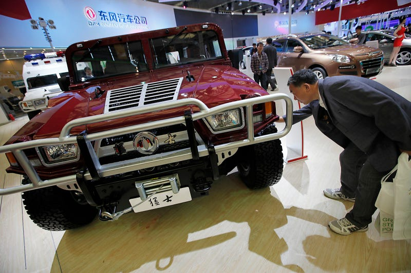 Bow down to the Chinese Hummer clone