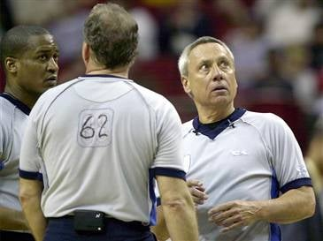 Fired NBA Refs At Head Of Line To Join The Scabs