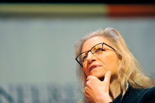 Annie Leibovitz Finds Another Sucker