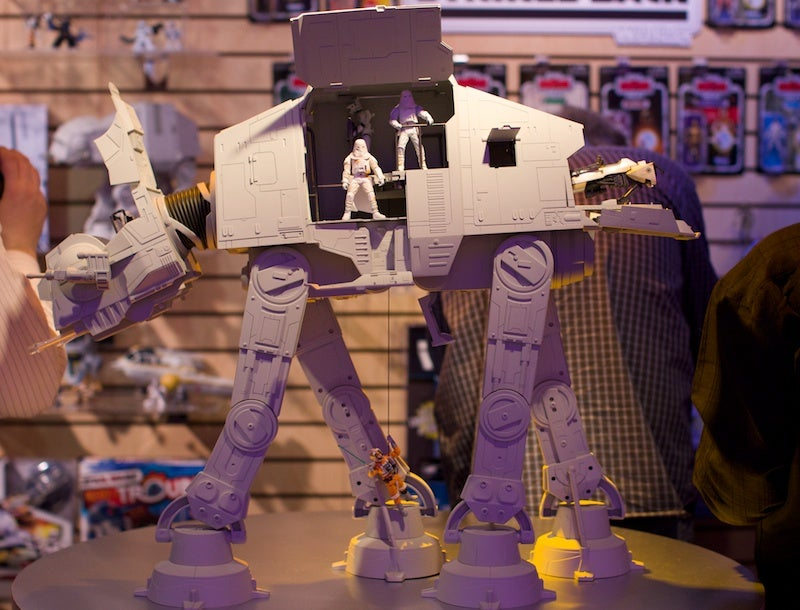 This Incredibly Massive AT-AT Walker Holds 20 Figures and Crushes Pet Rebellions