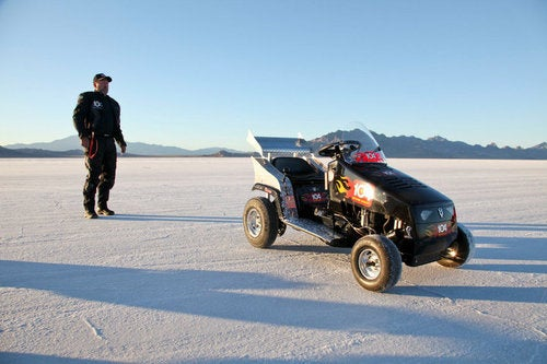 Lawn Mower Land Speed Record Returns To 'Merica Where It Belongs