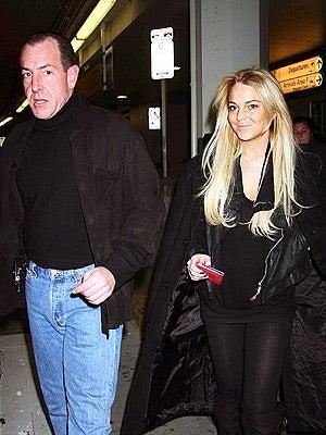 Lindsay Lohan's Dad: Blogging