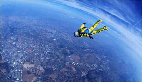 Wannabe Supersonic Skydiver Foiled by Weather: Tomorrow Looks Good