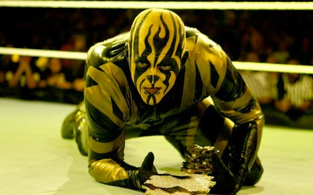 Goldust Stays In Character At Toys 'R' Us: More Wrestler Run-Ins