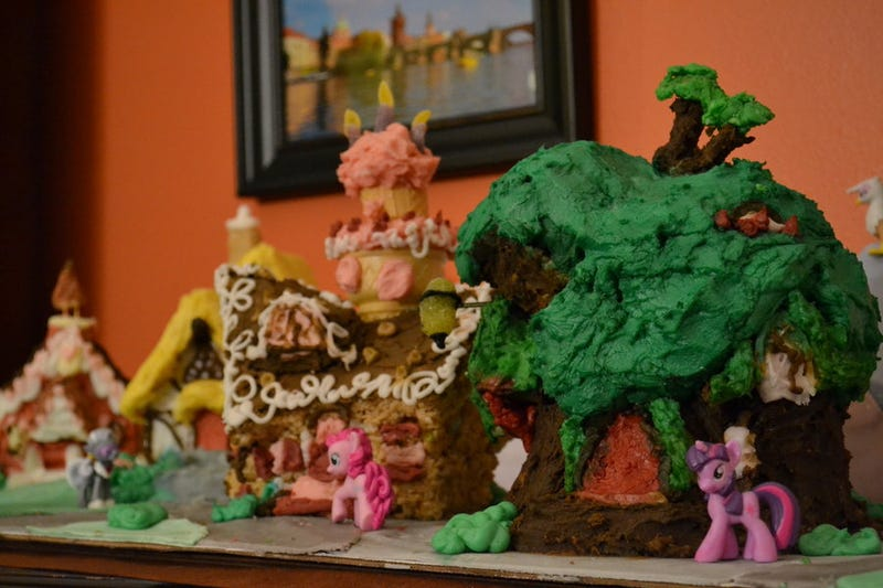 Ponyville Recreated into Some Kind of Nightmare Diabetic Coma Town
