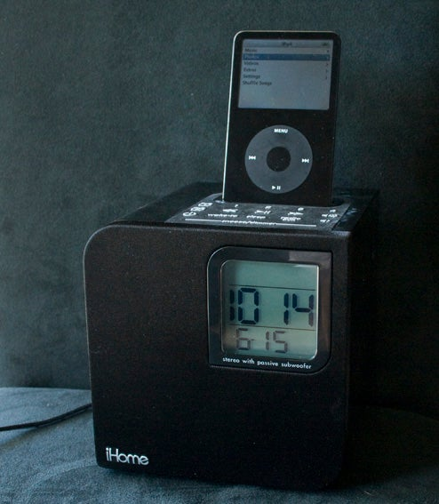 Lightning Review: iHome iH12BR iPod Alarm Clock