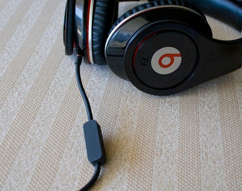 Lightning Review: Dr. Dre and Monster Headphones vs. a Jackhammer