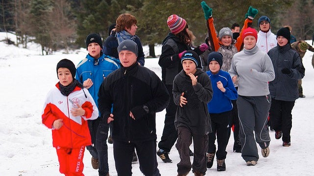 How to Stay Safe When Exercising Outdoors in Cold Weather