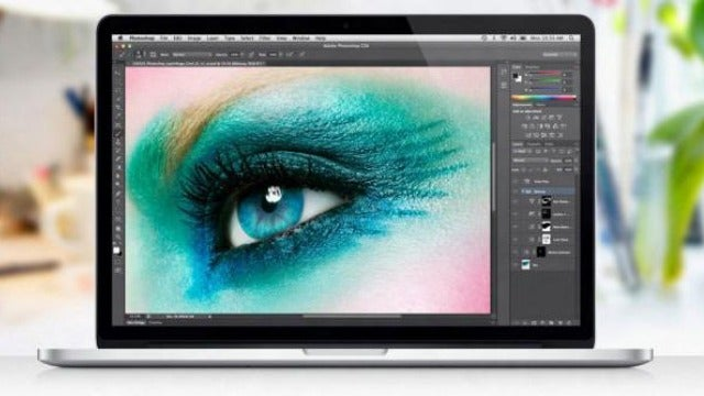 Photographer Sues Apple For Stealing Her Eye