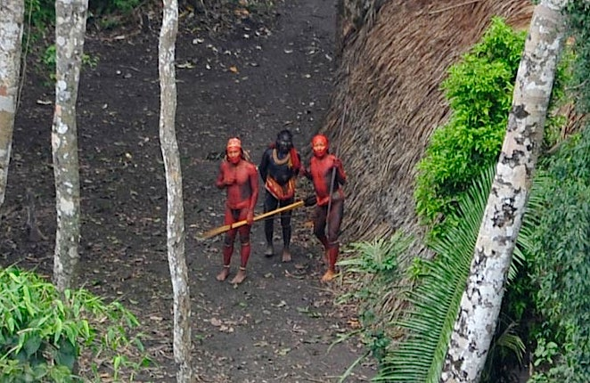 Never Before Seen Amazon Tribe Photographed for the First Time (Updated)