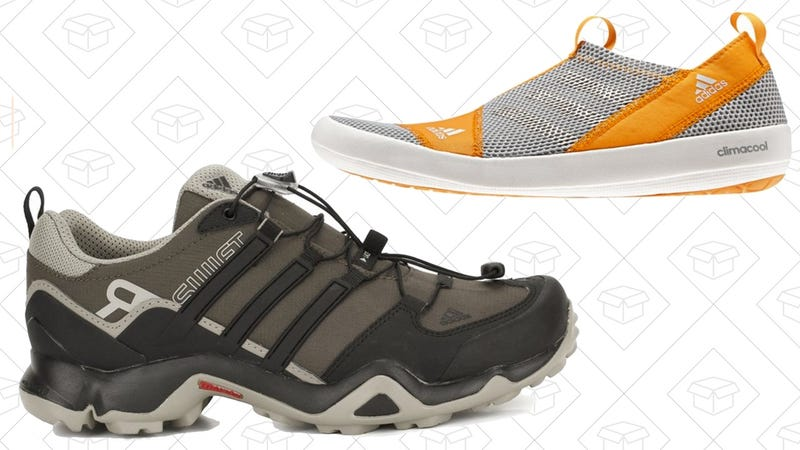 Today's Best Deals: Projection Screen, Hiking Shoes, FoodSaver, and More