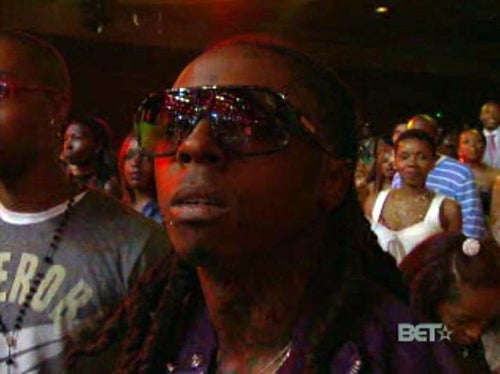 BET Awards: Lil Wayne Performs Inappropriate Song With Underage Girls