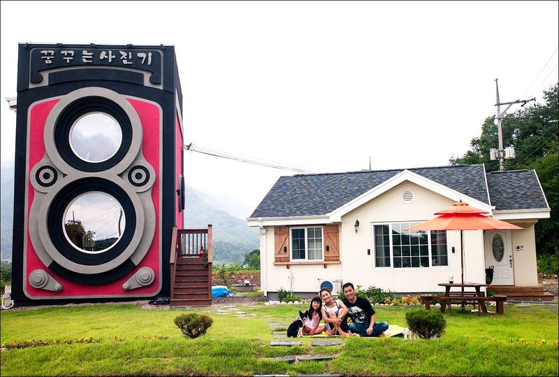 This crazy giant camera is not a fake but an awesome two-story café