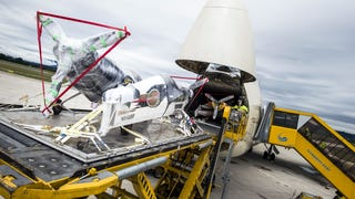 Here's What It Takes To Transport An Entire Air Race Across The World