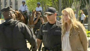 Daryl Hannah Arrested at the White House Today