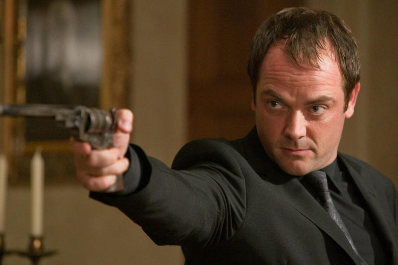 Mark Sheppard really should play Avon in Syfy's Blake's 7 reboot